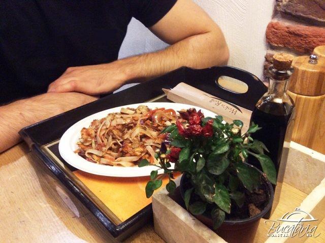 review fast food wok n roll cluj