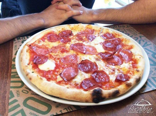 pizza salami new croco pizza pe vatra cluj