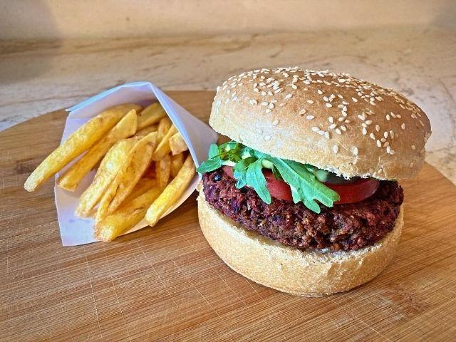 Burger vegan reteta cu pasi