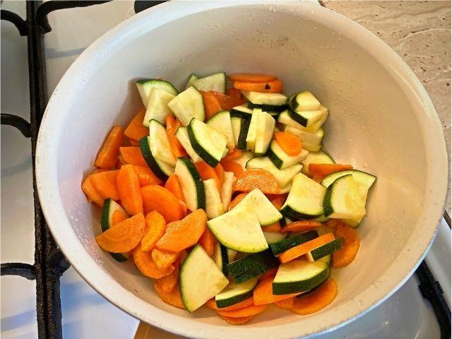 Reteta vegana de mei cu legume rețetă de post